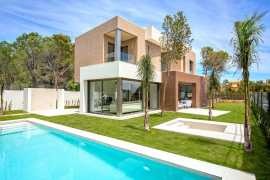 дома в Испании